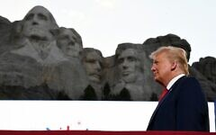 US President Donald Trump arrives for the Independence Day events at Mount Rushmore National Memorial in Keystone, South Dakota, July 3, 2020. (SAUL LOEB / AFP)