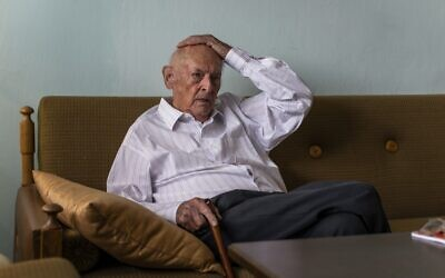 Marek Dunin-Wasowicz - Nazi death camp surviver and witness in the trial of former SS guard Bruno Dey is seen during AFP interviev in his appartment in Warsaw, Poland on July 16, 2020. (Wojtek RADWANSKI/AFP)