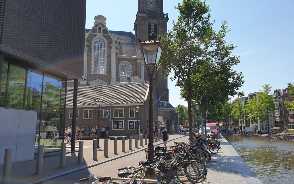 The sidewalk along the Anne Frank House, pictured on June 26, 2020, is conspicuously empty compared to its usual appearance in Amsterdam. (Cnaan Liphshiz/ JTA)
