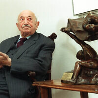 Austrian Nazi hunter Simon Wiesenthal during an event in Vienna, March 19 1999. (Ronald Zak/AP).