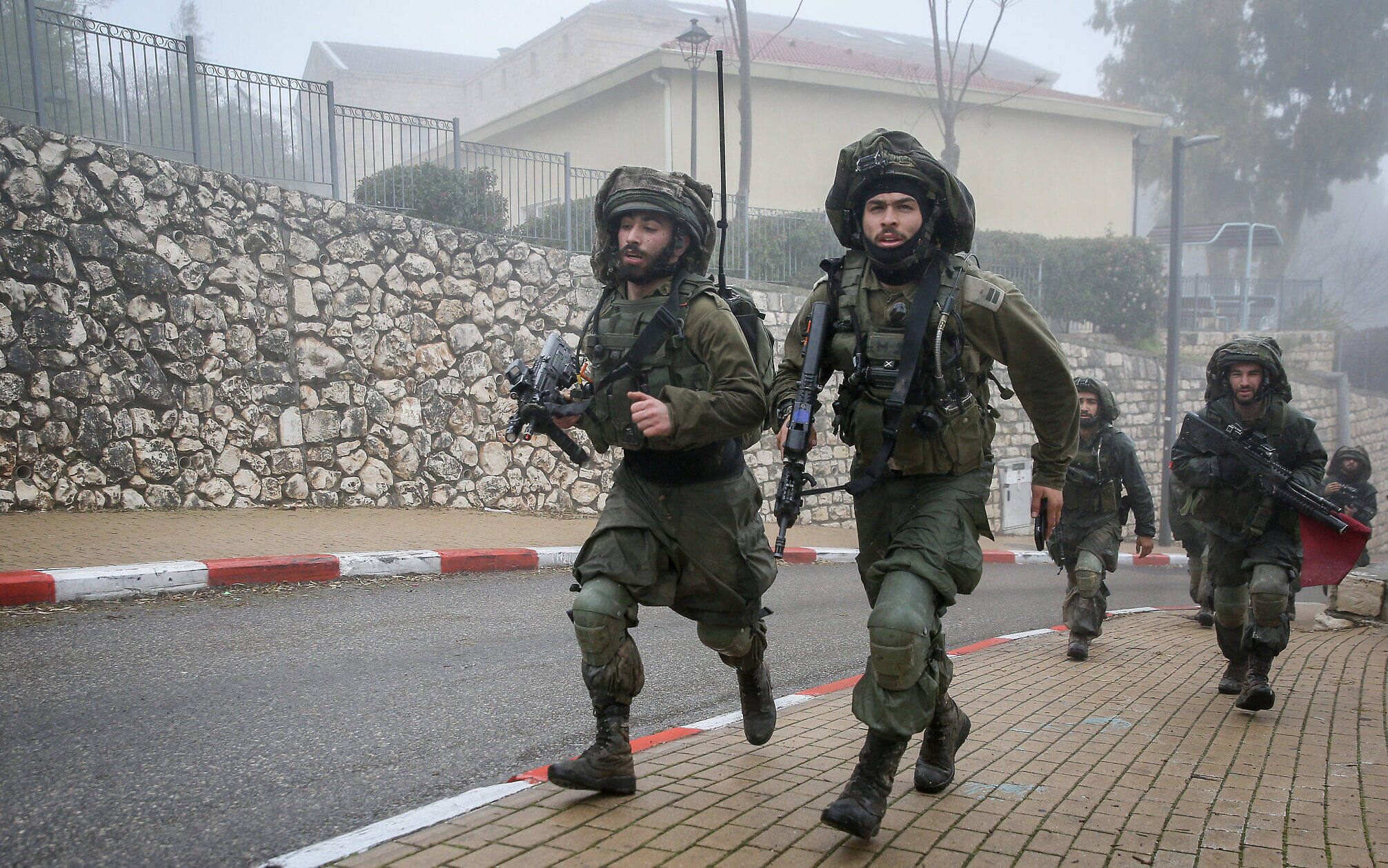 Idf Cuts Mandatory Military Service For Men To 2 5 Years The