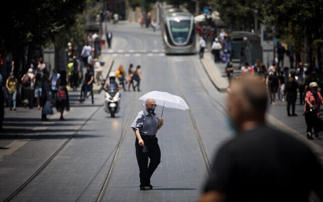 Downtown Jerusalem on July 2, 2020. (Yonatan Sindel/Flash90)