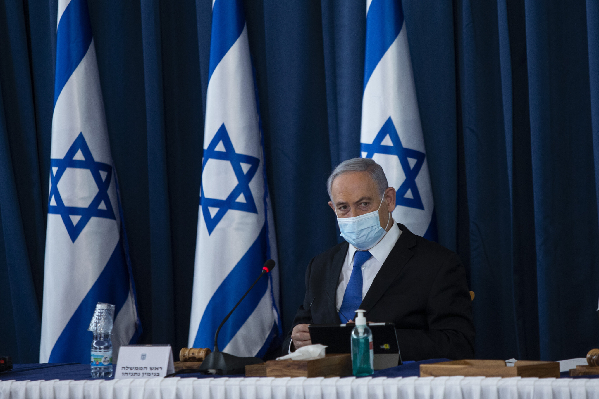 Prime Minister Benjamin Netanyahu at the weekly cabinet meeting, at the Ministry of Foreign Affairs in Jerusalem on July 5, 2020. (Amit Shabi)
