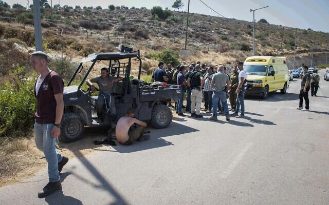 Israeli security forces at the scene of clashes between settlers and Palestinians near the outpost of El Matan in the West Bank on July 5, 2020. (Sraya Diamant/Flash90)
