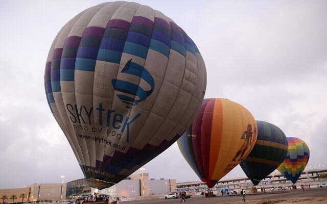 Hot air balloons take off from the Ben Gurion International Airport, near Tel Aviv on July 25, 2020 (Tomer Neuberg/Flash90)