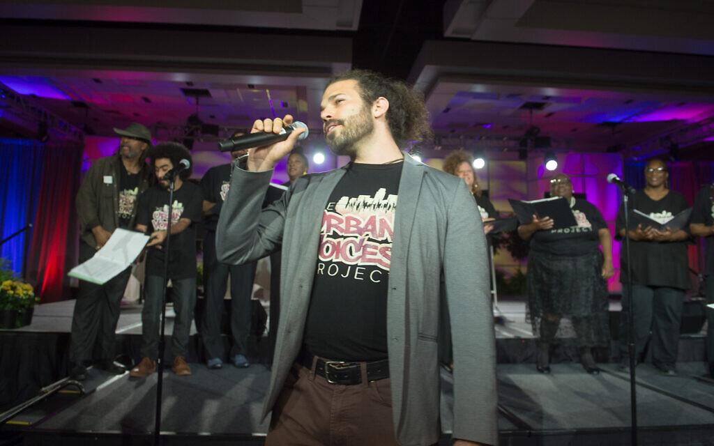 Leeav Sofer sings a few bars at a practice of the Urban Voices Project. (Courtesy UVP)