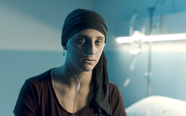 A patient on a cancer ward (iStock)