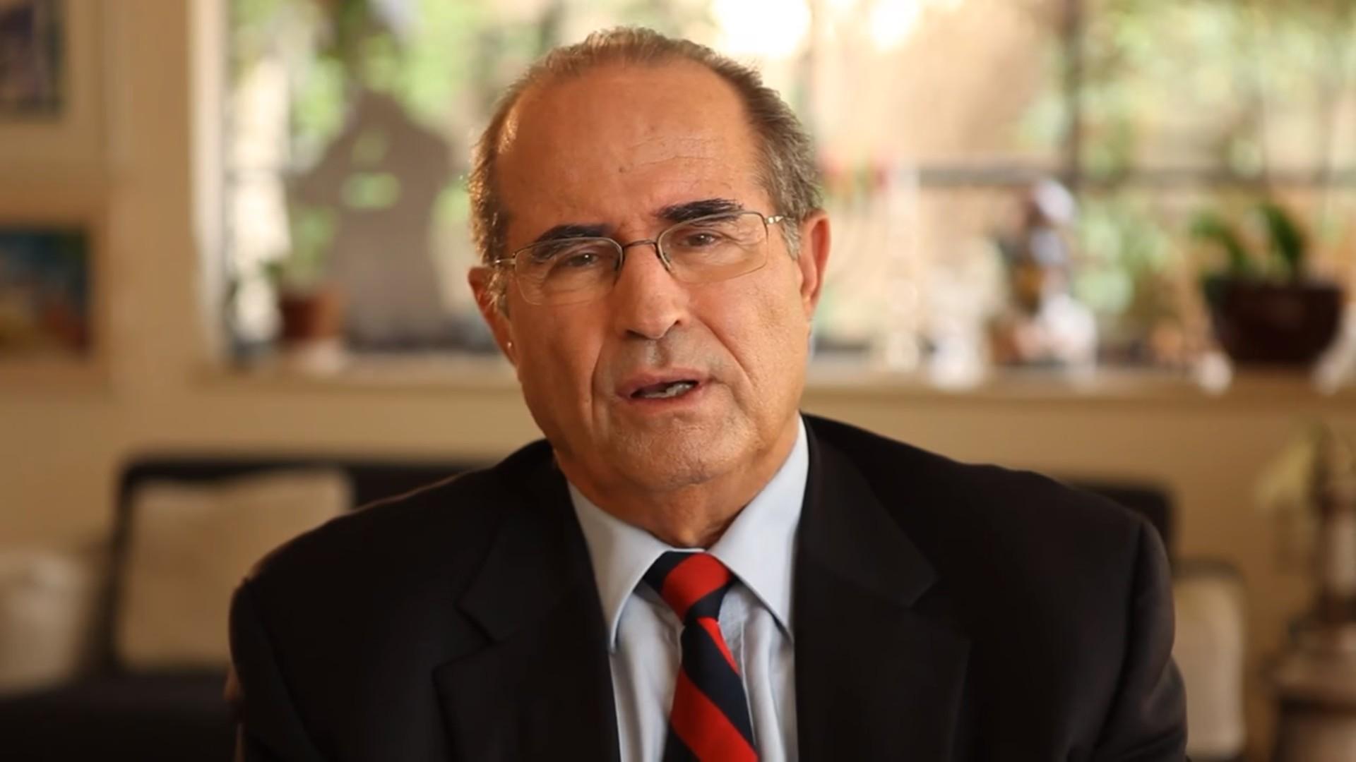Shabtai Shavit (YouTube screenshot)