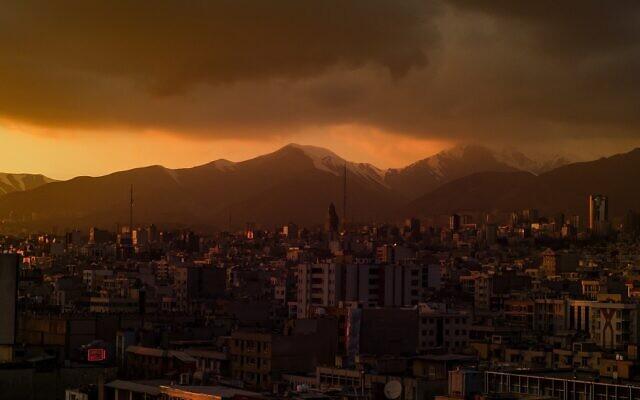 Illustrative: A view of Tehran at dusk. (Omid Armin on Unsplash)