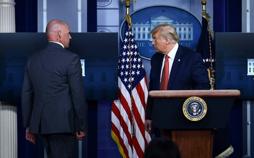 Trump abruptly leaves press conference after shooting outside the White House