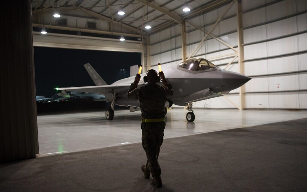An F-35A Lightning II fighter jet is directed out of a hangar at Al-Dhafra Air Base in the United Arab Emirates, September 10, 2019. (Tech. Sgt. Jocelyn A. Ford/US Air Force via AP)