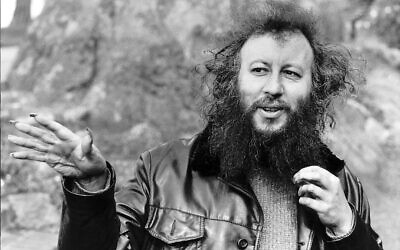 Peter Green in 1987, with famous his talons (Photo: Trinity Mirror / Mirrorpix / Alamy)