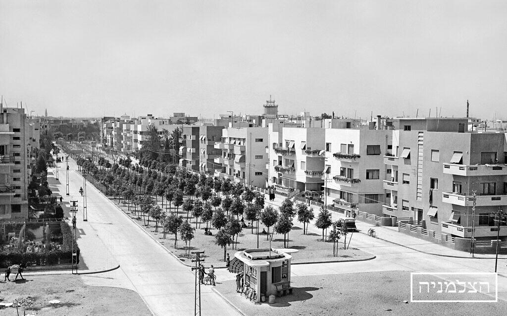 An early photo of Tel Aviv (Courtesy The Photo House)