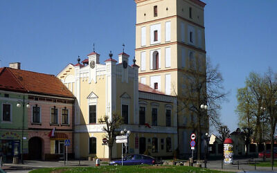 A view of the town hall and market square of Leżajsk, Poland in 2010. (Wikimedia Commons/Krzysztof Dudzik via JTA)