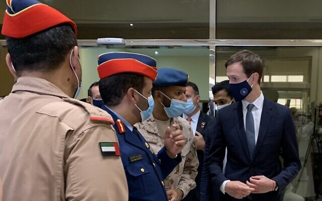 US Presidential Adviser Jared Kushner (R) speaks to Emirati military personnel during a visit to the Al-Dhafra  base, about 32 kilometres south of Abu Dhabi on September 1, 2020. (Photo by Sarah STEWART / AFP)