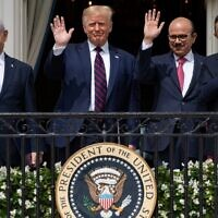 L-R: Israeli Prime Minister Benjamin Netanyahu, US President Donald Trump, Bahrain Foreign Minister Abdullatif al-Zayani, and UAE Foreign Minister Abdullah bin Zayed Al-Nahyan wave from the Truman Balcony at the White House after they participated in the signing of the Abraham Accords, where the countries of Bahrain and the United Arab Emirates recognize Israel, in Washington, DC, September 15, 2020. (SAUL LOEB / AFP)