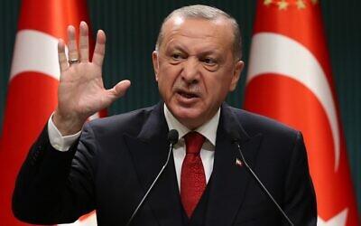 President of Turkey Recep Tayyip Erdogan gestures at a press conference in Ankara, Turkey, on September 21, 2020. (Adem ALTAN / AFP)