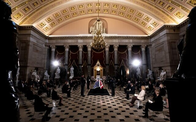Justice Ruth Bader Ginsburg lies in state in Statuary Hall of the Capitol on September 25, 2020 in Washington, DC. (Erin SCHAFF / POOL / AFP)