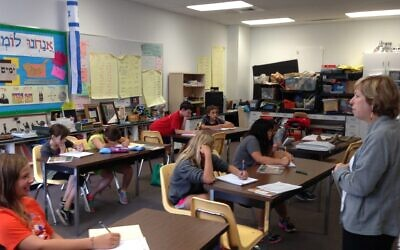 A class at the Lippman School, a Jewish day school in Akron, Ohio, in August 2014. Jewish day schools across the country are reopening this fall, with some resuming in-person instruction and others continuing distance learning. (Uriel Heilman)