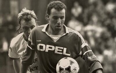 Israeli soccer legend Ronny Rosenthal in action. (Courtesy)