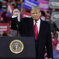 US President Donald Trump wraps up his speech at a campaign rally at Fayetteville Regional Airport, Saturday, Sept. 19, 2020, in Fayetteville, North Carolina. (AP Photo/Chris Carlson)