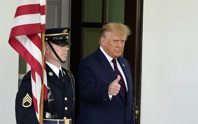 President Donald Trump greets the Bahrain Foreign Minister Khalid bin Ahmed Al Khalifa, not pictured, at the White House, Tuesday, Sept. 15, 2020, in Washington. (AP/Alex Brandon)