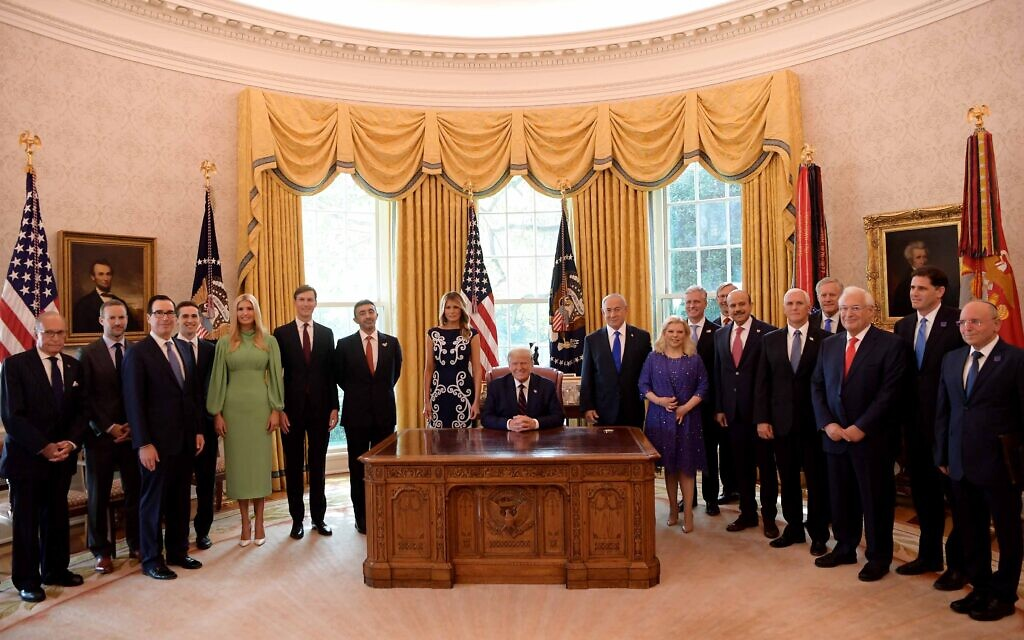US President Donald Trump pictured with key participants from the US, Israel, Bahrain and the UAE in the Abraham Accords ceremony at the White House on September 15, 2020 (Avi Ohayon / GPO)