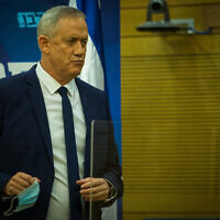 Defense Minister Benny Gantz delivers a statement to the media at the Knesset, on August 24, 2020. (Oren Ben Hakoon/ Flash90)