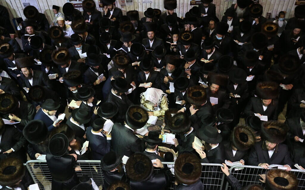 Top health official: 1/3 of Israel's virus infections are among ultra-Orthodox