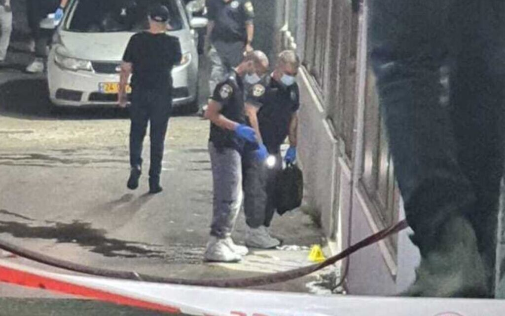Two shot dead in Nazareth during club brawl, police search for suspects