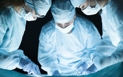Illustrative. Surgeons at work in an operating theater (iStock)