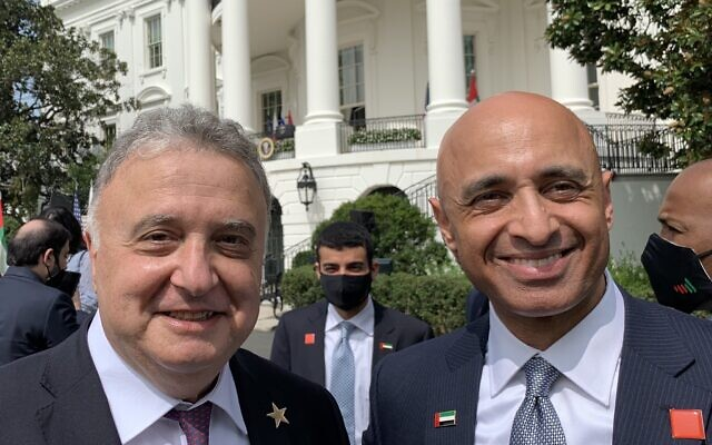 Israeli Ambassador to Germany Jeremy Issacharoff, left, with UAE Ambassador to the US Yousef al-Otaiba, at the White House, September 15, 2020 (courtesy)