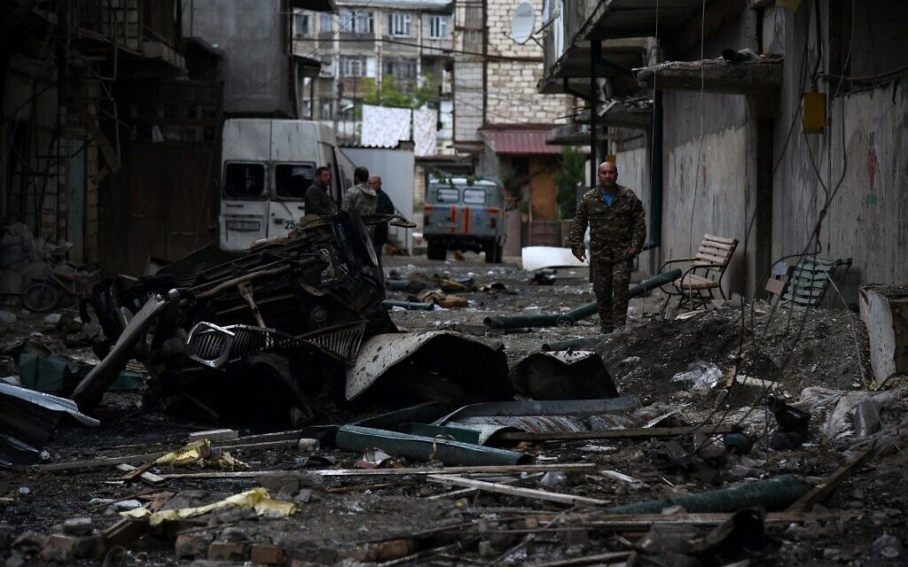 A view shows aftermath of recent shelling during the ongoing fighting between Armenia and Azerbaijan over the breakaway Nagorno-Karabakh region, in the disputed region's main city of Stepanakert on October 4, 2020. (Davit Ghahramanyan / NKR Infocenter / AFP)