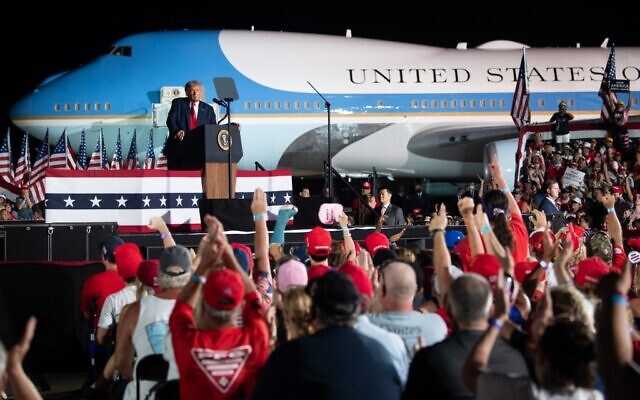 Trump, Biden Plan Dueling TV Events Thursday Instead of Debate