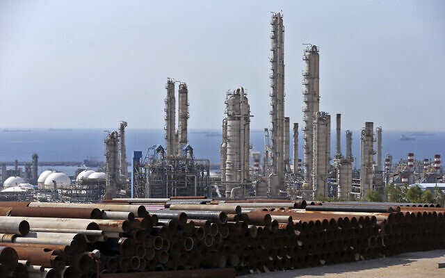 This November 19, 2015, file photo, shows a general view of a petrochemical complex in the South Pars gas field in Asalouyeh, Iran, on the northern coast of Persian Gulf. (AP Photo/Ebrahim Noroozi)