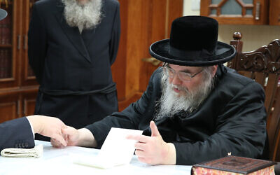 The leader of the Belz Hasidic sect, Rabbi Yissachar Dov Rokeach, December 15, 2015. (Yaacov Cohen/ FLASH90/ File)