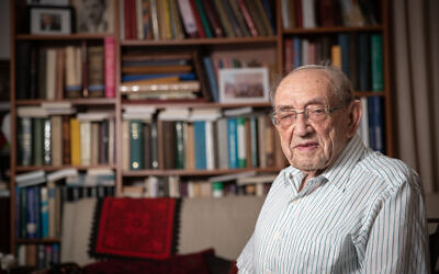 Prof. Yehoshua Blau poses for a picture at his home in Jerusalem on August 22, 2019. (Yonatan Sindel/Flash90)