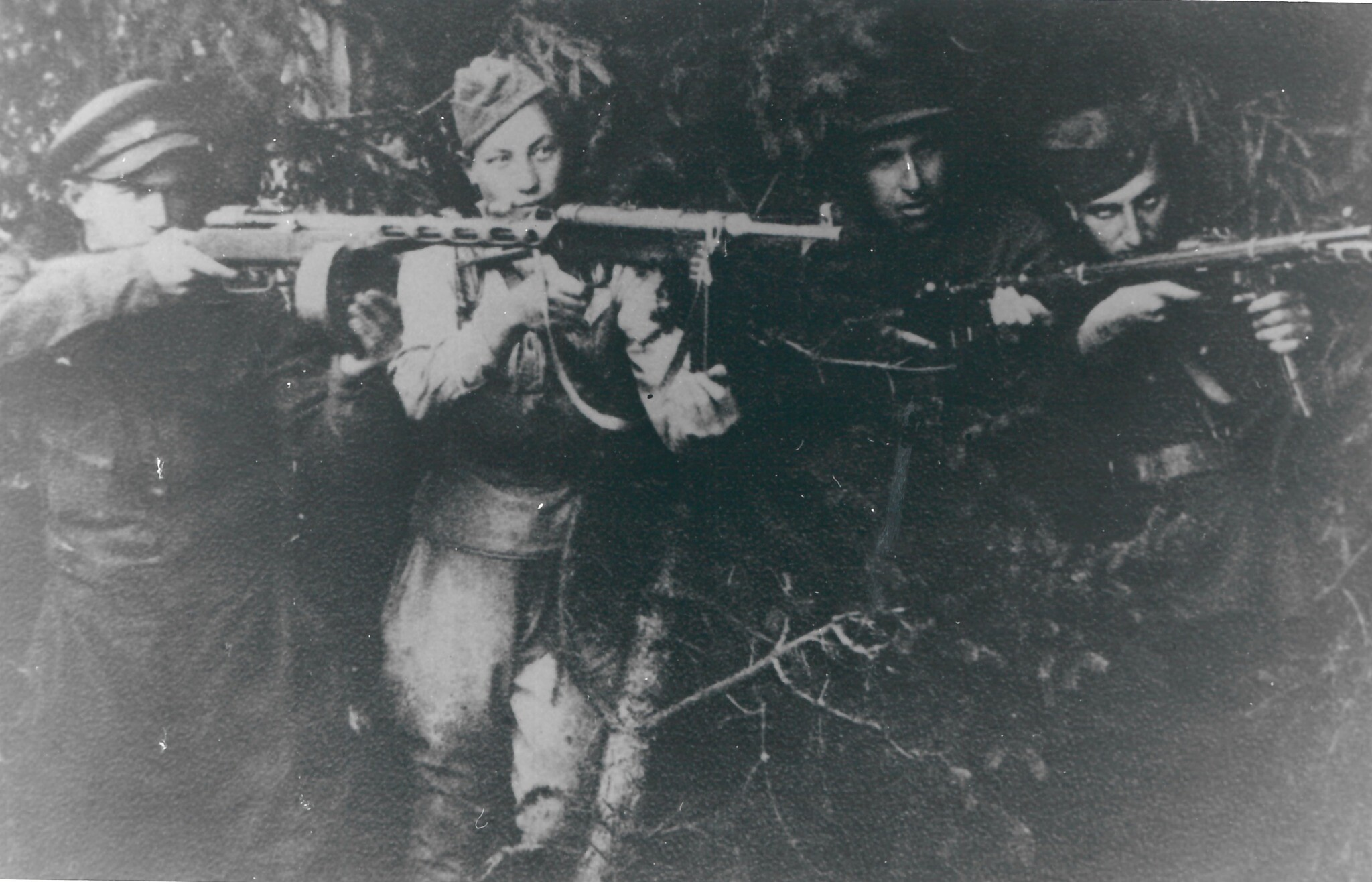 Group of Jewish partisan fighters in Soviet territories, circa 1942-1944. (Wiener Holocaust Library Collections)