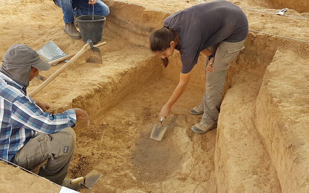 6,500-year-old copper smelting operation at the Neveh Noy neighborhood of Beersheba. (Anat Rasiuk/Israel Antiquities Authority)