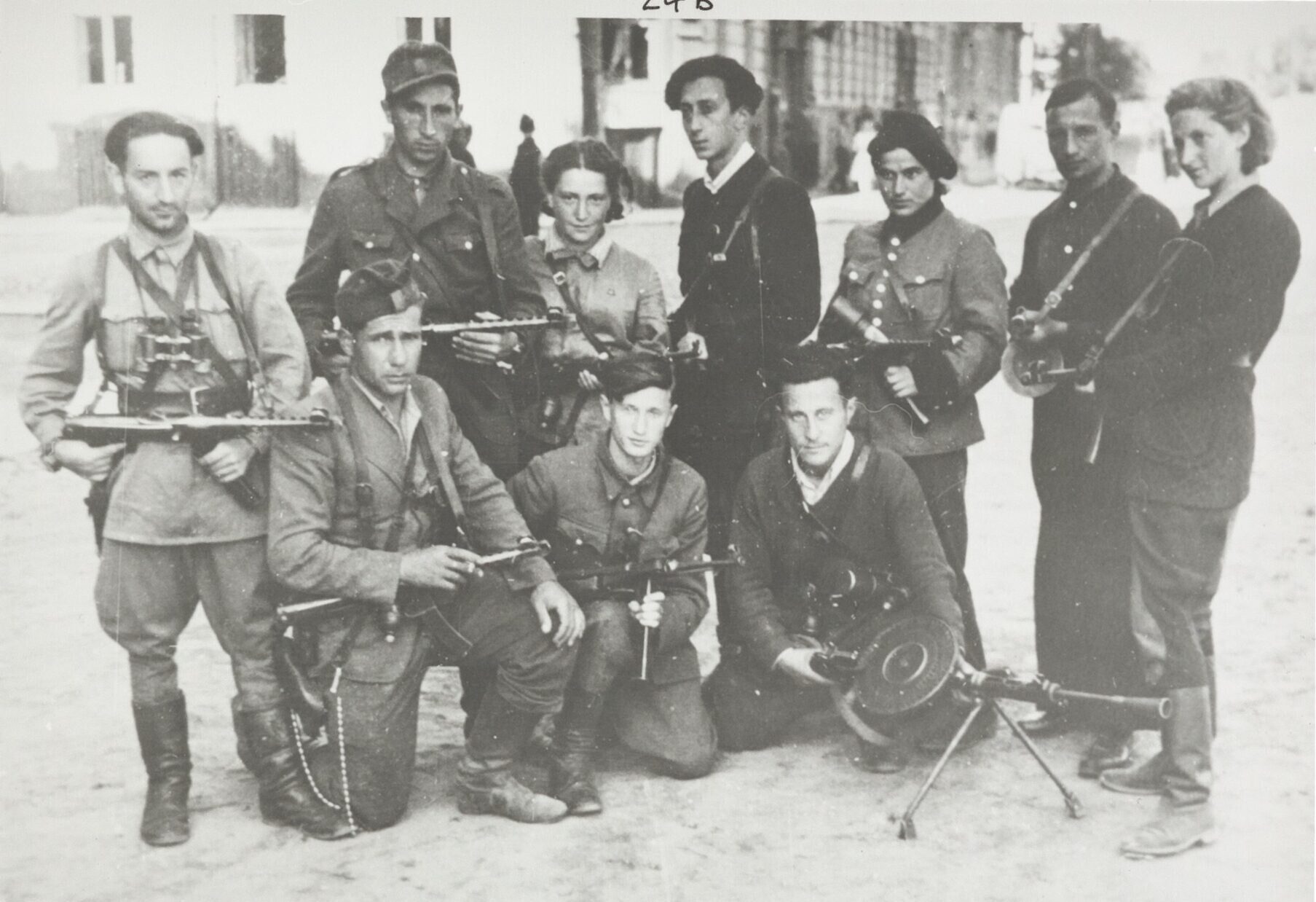 Jewish-Lithuanian partisan group The Avengers on their return to Vilna at the time of the Red Army's liberation of the city, July 1944. (Wiener Holocaust Library Collections)