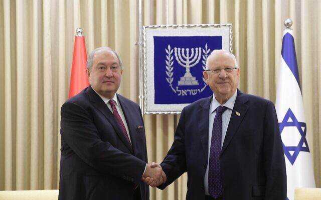 President Reuven Rivlin (R) with Armenian President Armen Sarkissian at the President's Residence in Jerusalem on January 26, 2020. (Amos  Ben Gershom/GPO)