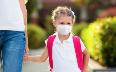 A girl heading to school during the pandemic (FamVeld via iStock by Getty Images)