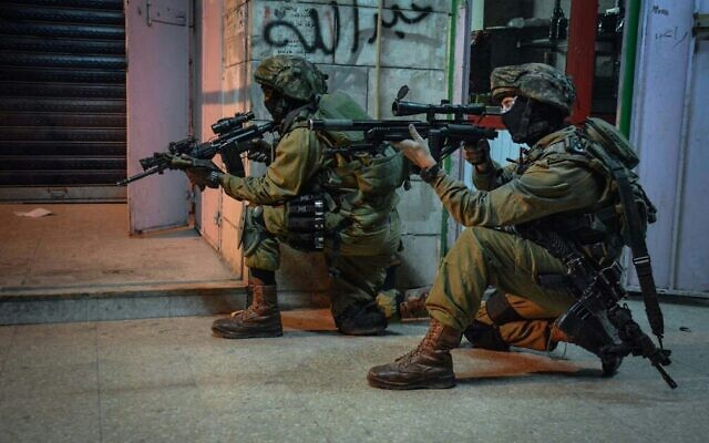 Illustrative. Soldiers from the elite Duvdevan Unit in a training exercise. (Israel Defense Forces)