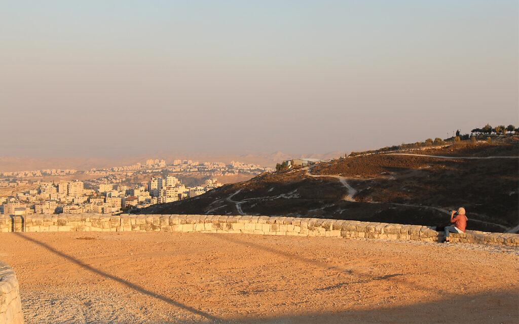 The view looking toward the Dead Sea from Mount Scopus in Jerusalem. (Shmuel Bar-Am)