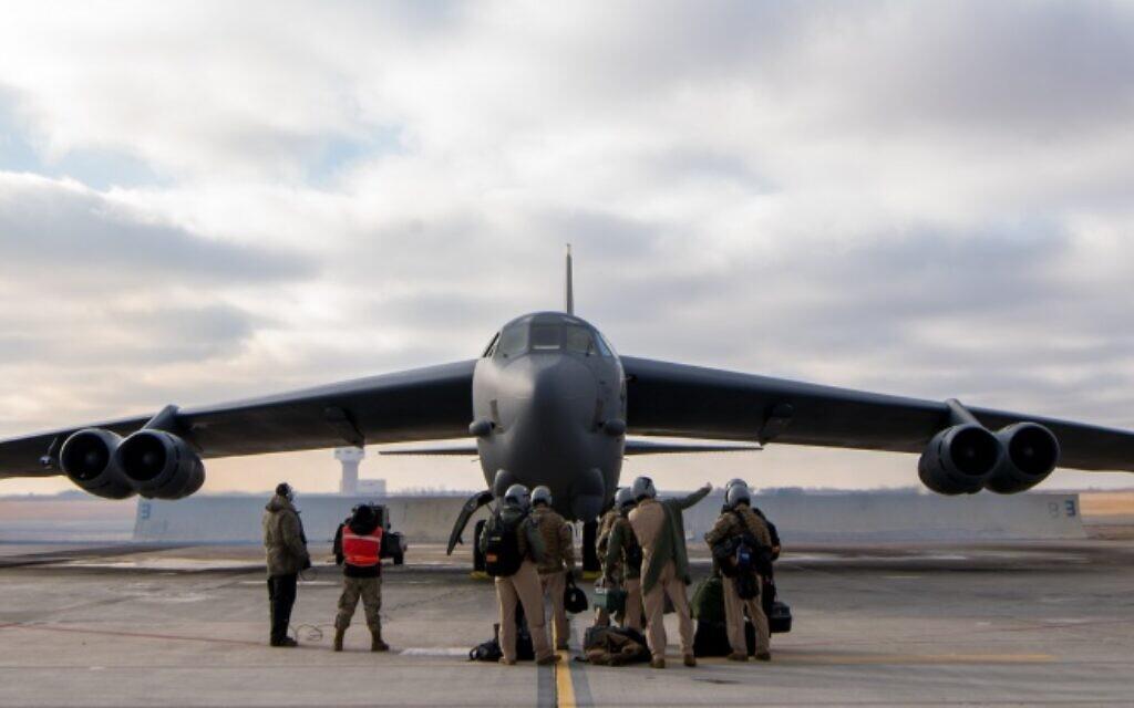 USA ... envoient des bombardiers lourds au M.O. via Israël pour menacer l'Iran. 1000w_q95-1024x640