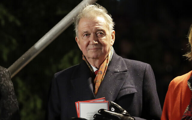 Terje Rod-Larsen, a Norwegian diplomat who was one of the main architects of the Oslo Accords signed 25 years ago, during the annual Norwegian Christmas tree lighting ceremony in Trafalgar Square, London, December 6, 2018. (Matt Dunham/AP)