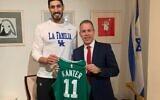 Boston Celtics forward Enes Kanter (L) and Israel's UN Ambassador Enes Kanter on November 18, 2020. (Israeli UN Mission)