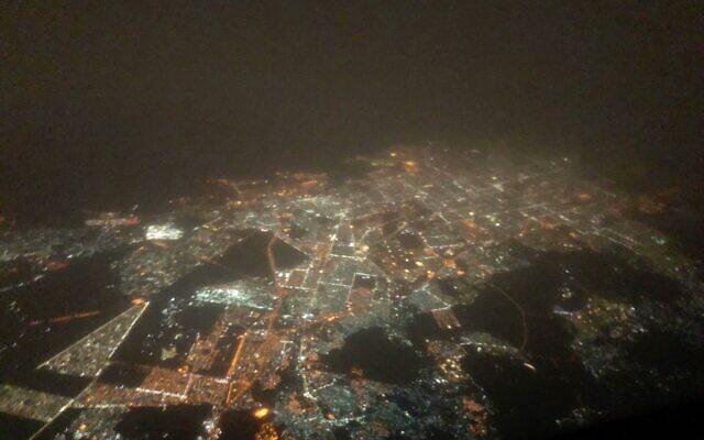 The view of Saudi Arabia from an Israir flight on November 8, 2020. (Israir/Twitter)