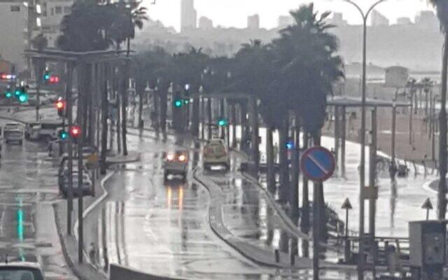 Herbert Samuel Street in Tel Aviv closed due to flooding, November 21, 2020 (Israel Police)