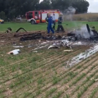 The scene of a plane crash near Kibbutz Mishmar Hanegev, November 24, 2020. (Screenshot: Ynet)